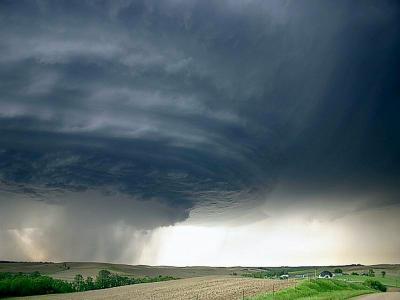 ¡Peligro!,¡Tornado!